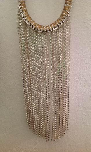 Este collar de Fanfan no me lo quitaría ni en la ducha ...