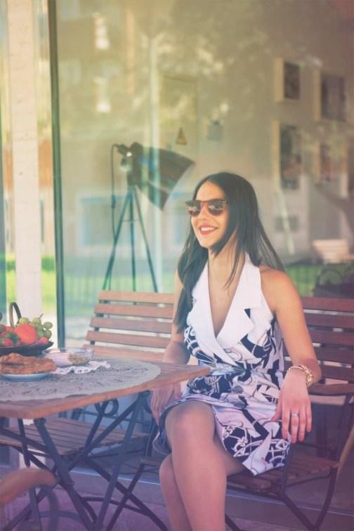 Carola vintage shopping online